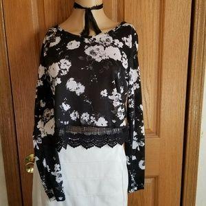 PacSun Black floral crop sheer lace peek waist